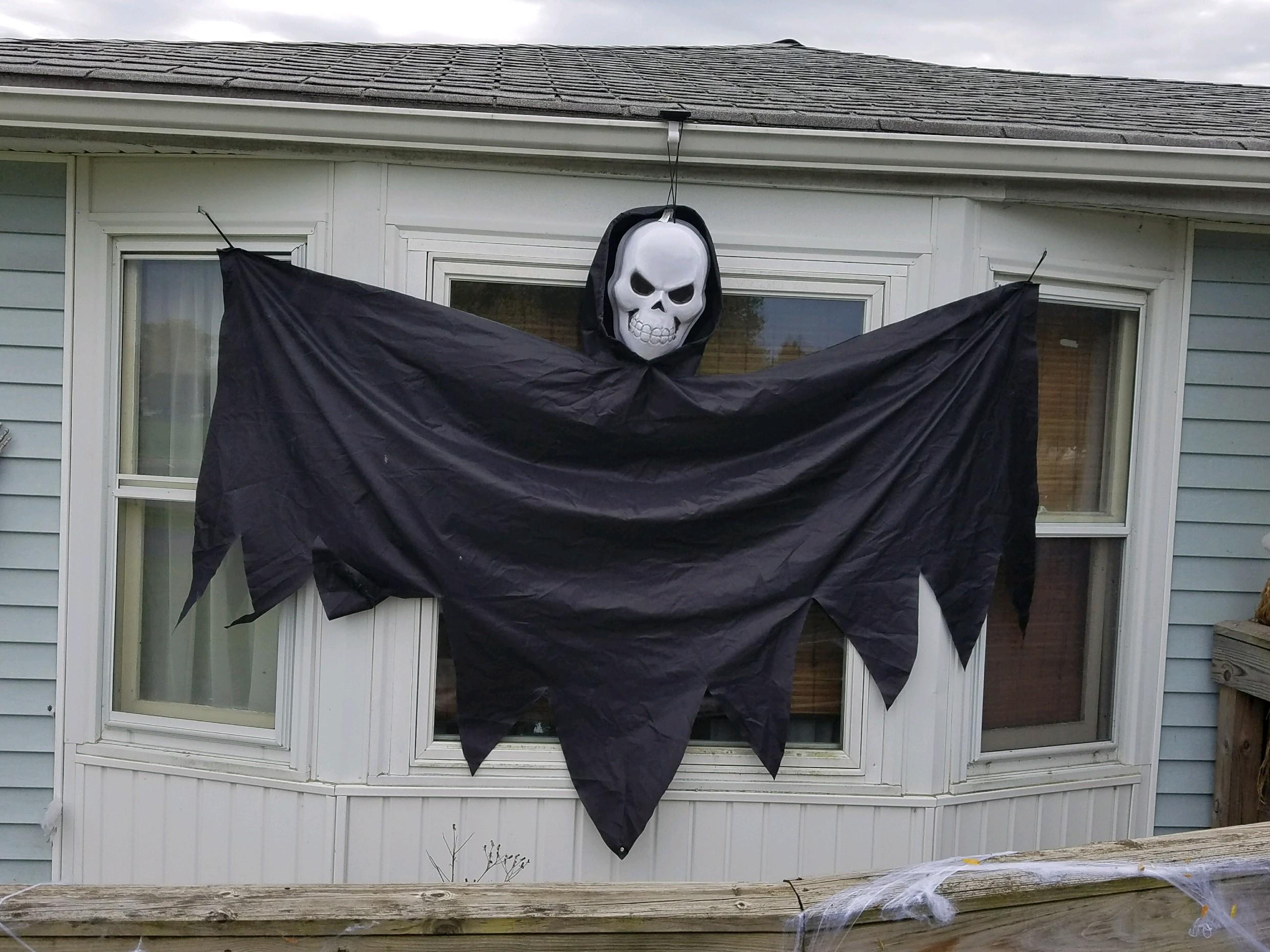 CH Halloween decor 4